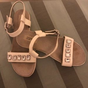 White Sandals With Stones